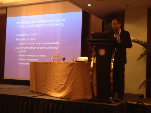 Prof. Victor Lim describing the issues of data heterogeneity with regards to antimicrobial resistance in Asia.